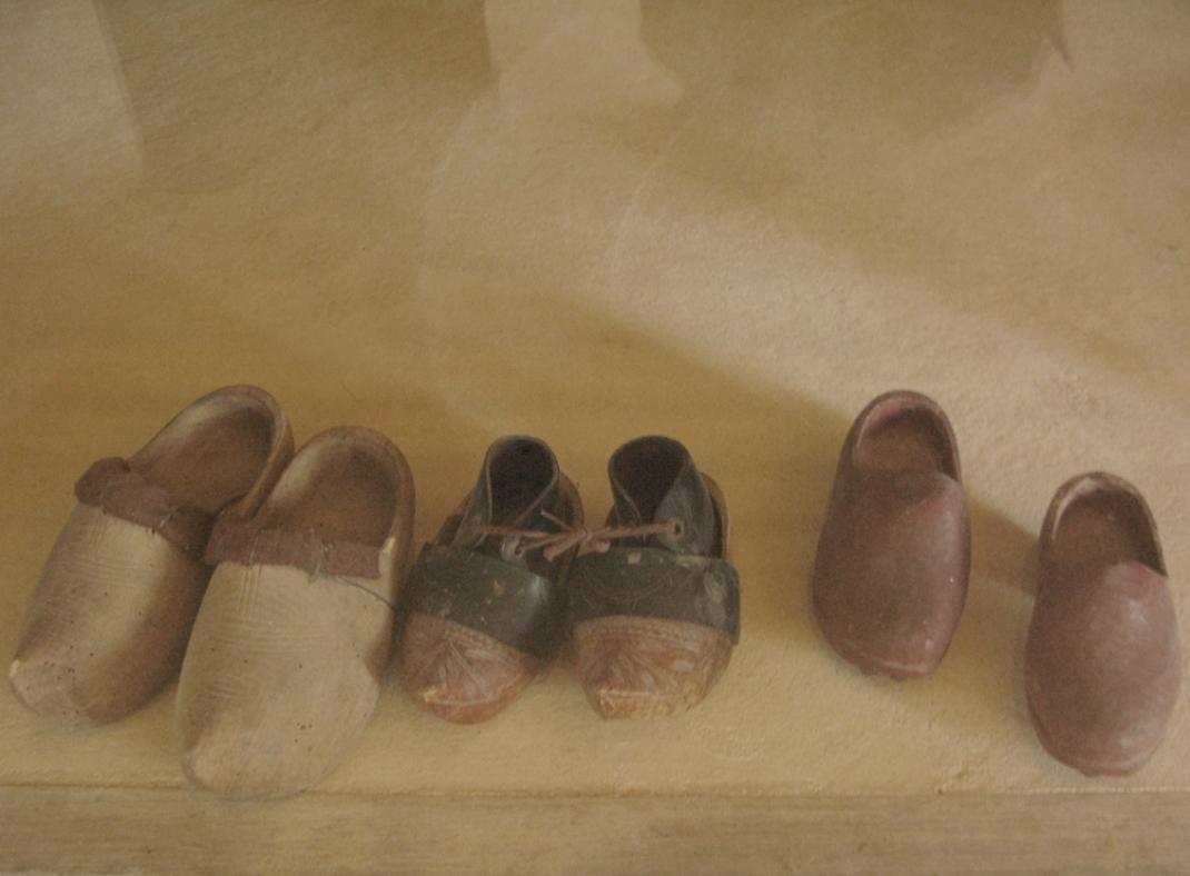 Breton clogs